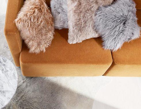 Lammfell-Kissen bei HOME & GARDEN in Hannover kaufen